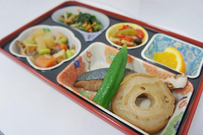 ヘルシー弁当(煮魚)